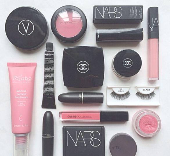 化粧品の片付け方